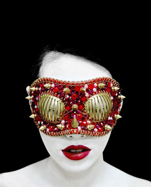 Rasberry-mask-from-Hotel-Gluttony-Collection-Joji-Kojima