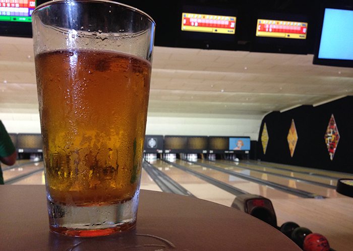 beer-bowling