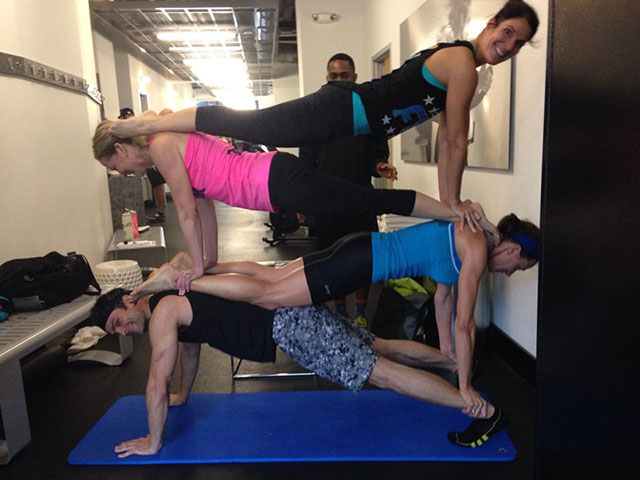 four-person-plank