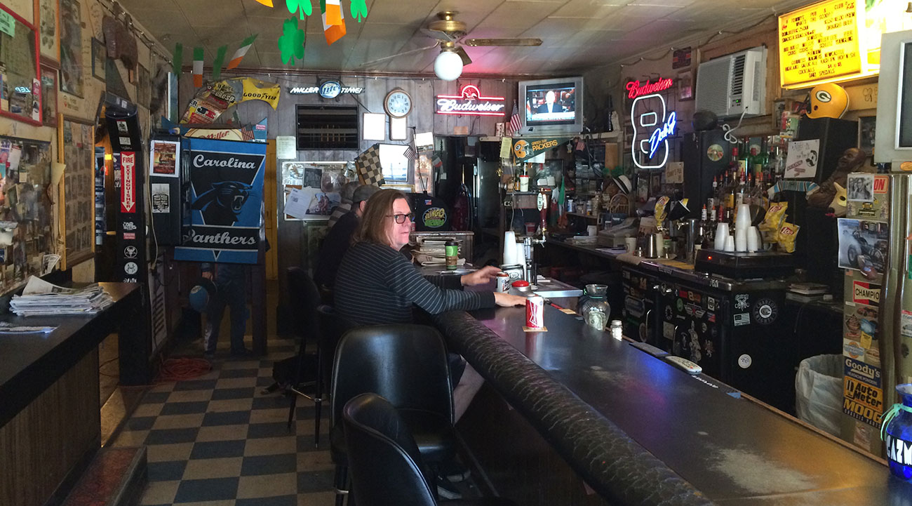What charlotte s last dive bars tell us about a city s for Bar dive