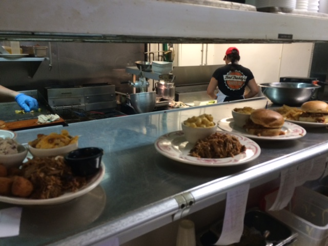 midwood smokehouse kitchen