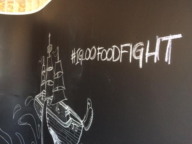 igloo food fight room
