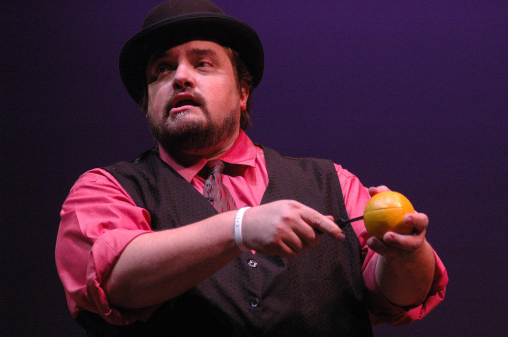 Charlotte magician to compete at the World Championship of Magic and you can see him this weekend at Upstage