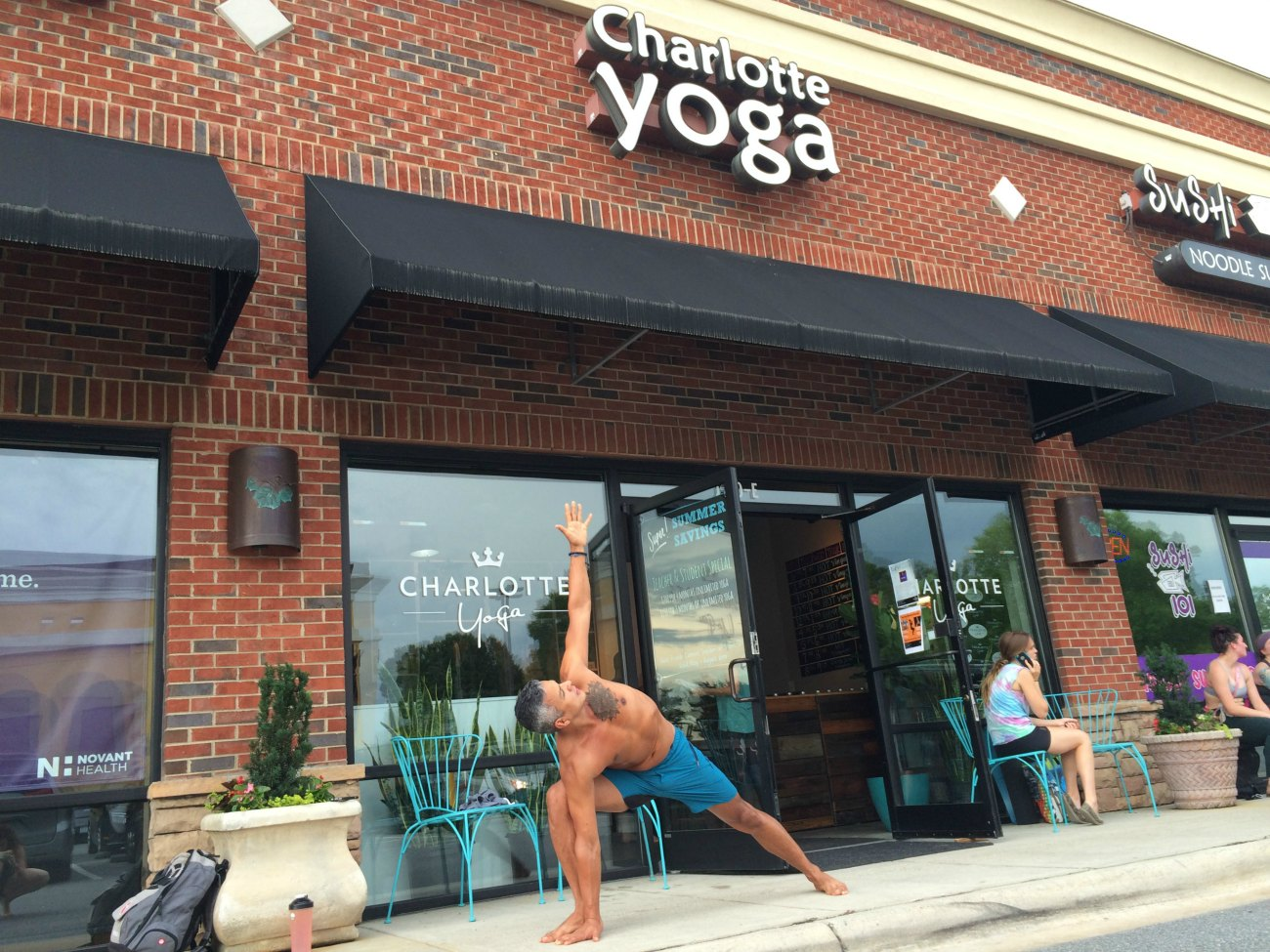 From tragic loss to total transformation: Artist Edwin Gil completes 365 days of yoga