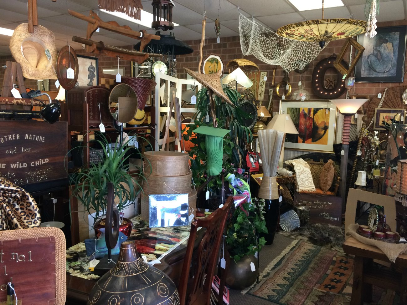 If you like cheap old stuff, stop skipping Hidden Treasures on your way to Sleepy Poet