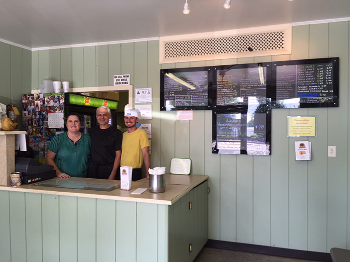 oakhurst-grill-owners
