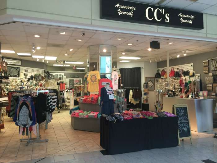 9853ac1939 Overstreet Mall  A guide to everything in Uptown Charlotte s skywalk ...