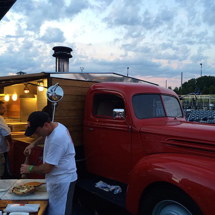 True-Pizza-Truck