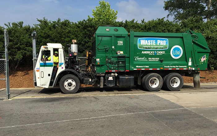 charlotte-nc-recycling-truck
