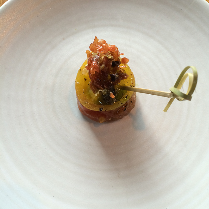 Wolfgang puck hierloom-tomato-canape