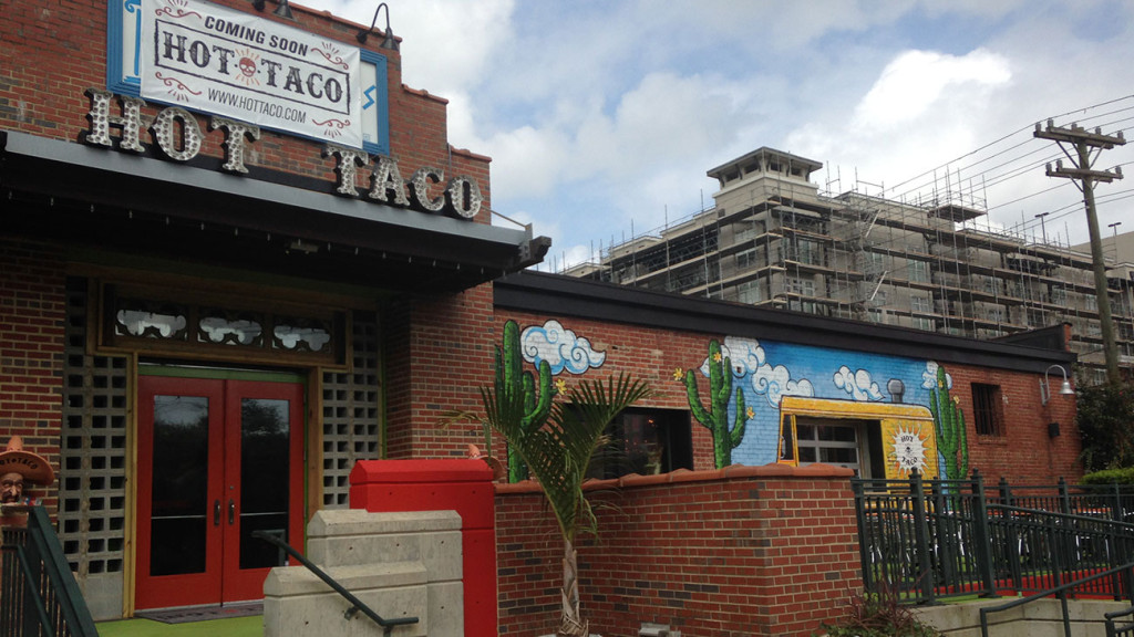 Restaurant Review: Hot Taco opens today in South End, here's how it tastes