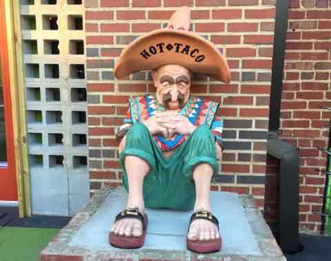 hot-taco-mexican-statue
