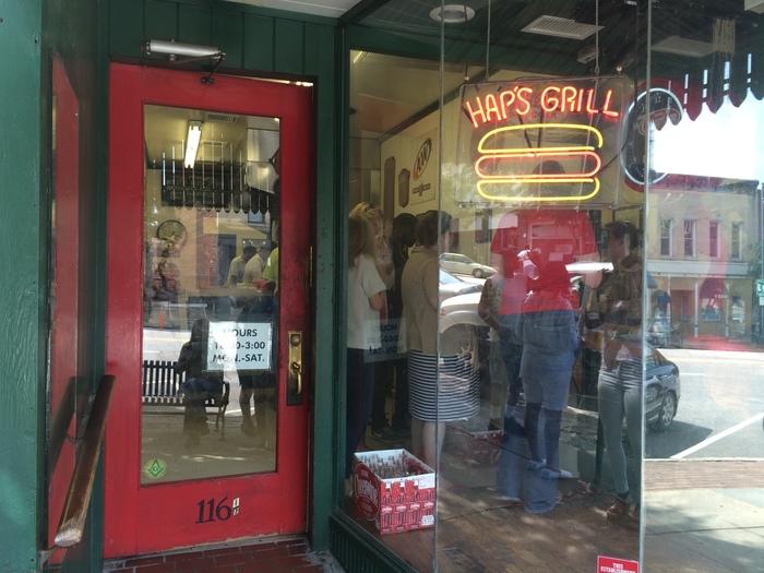 Hap's Grill