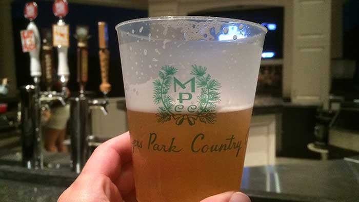 myers-park-country-club-pool-bar