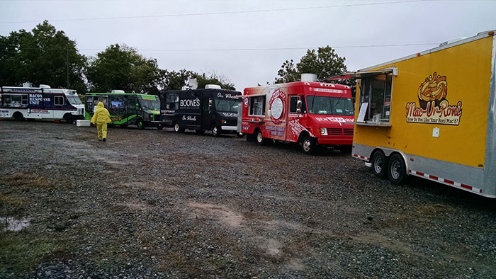 Charlotte-Oktoberfest-Food-Truck-alley