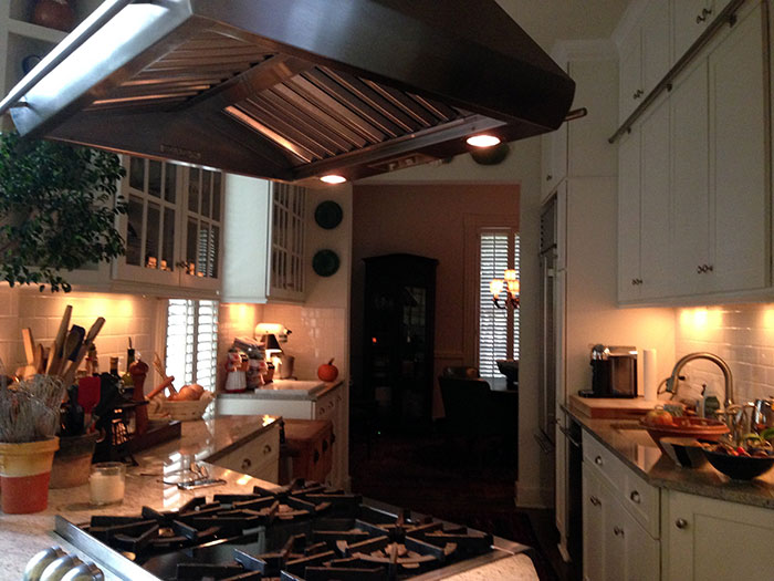 bootlegger house kitchen