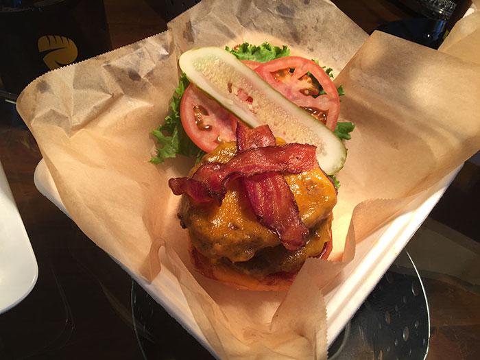 bacon-burger-hornets