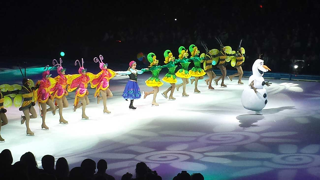 Dad Review Disney On Ice At Time Warner Cable Arena