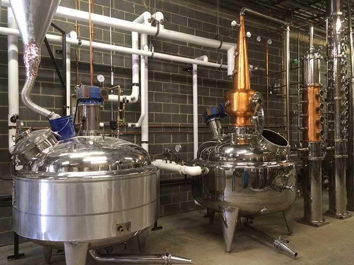 equipment-at-doc-porter's-distillery
