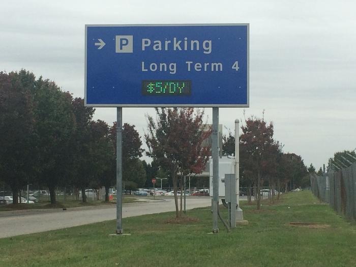 long term parking Charlotte Airport