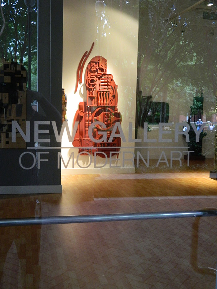 inside-new-gallery-of-modern-art