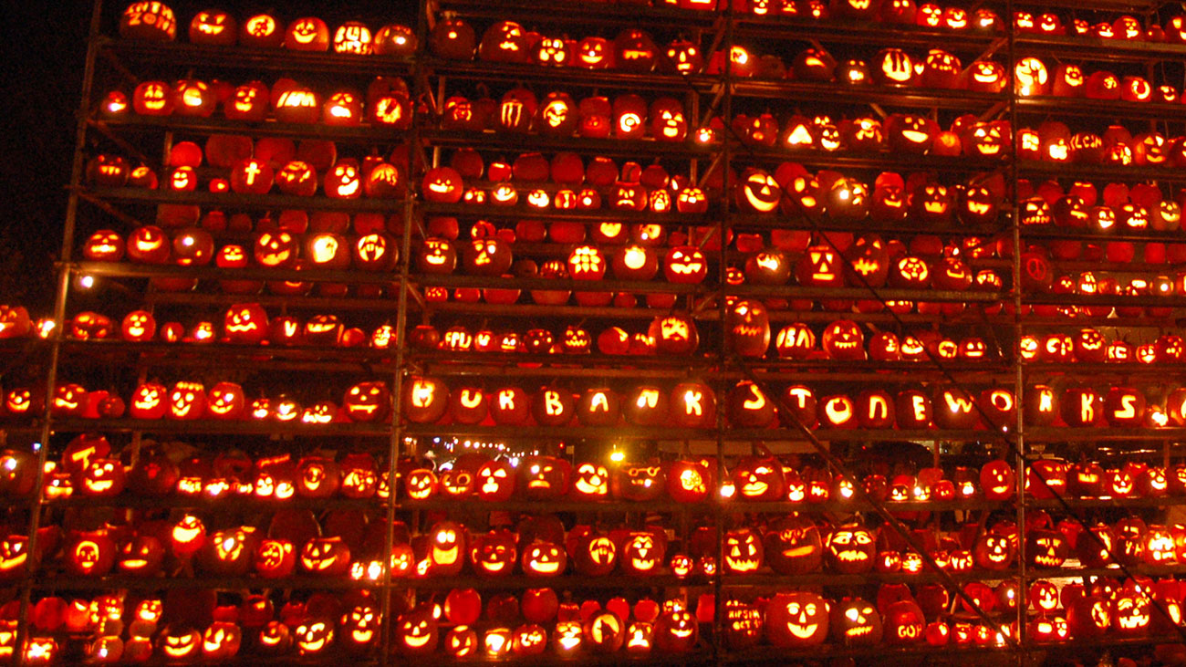 What is the Great Elizabeth Pumpkin Wall?