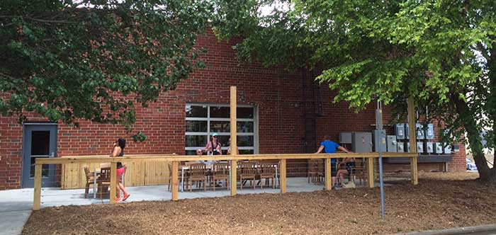 wooden-roboto-outdoor-patio-charlotte