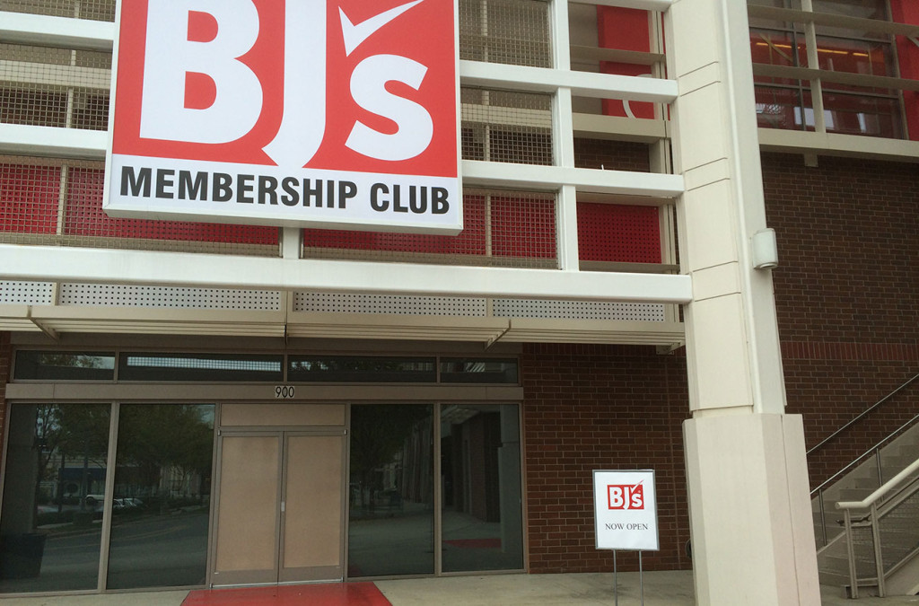 Here's what it looks like inside BJ's Wholesale Club in Midtown