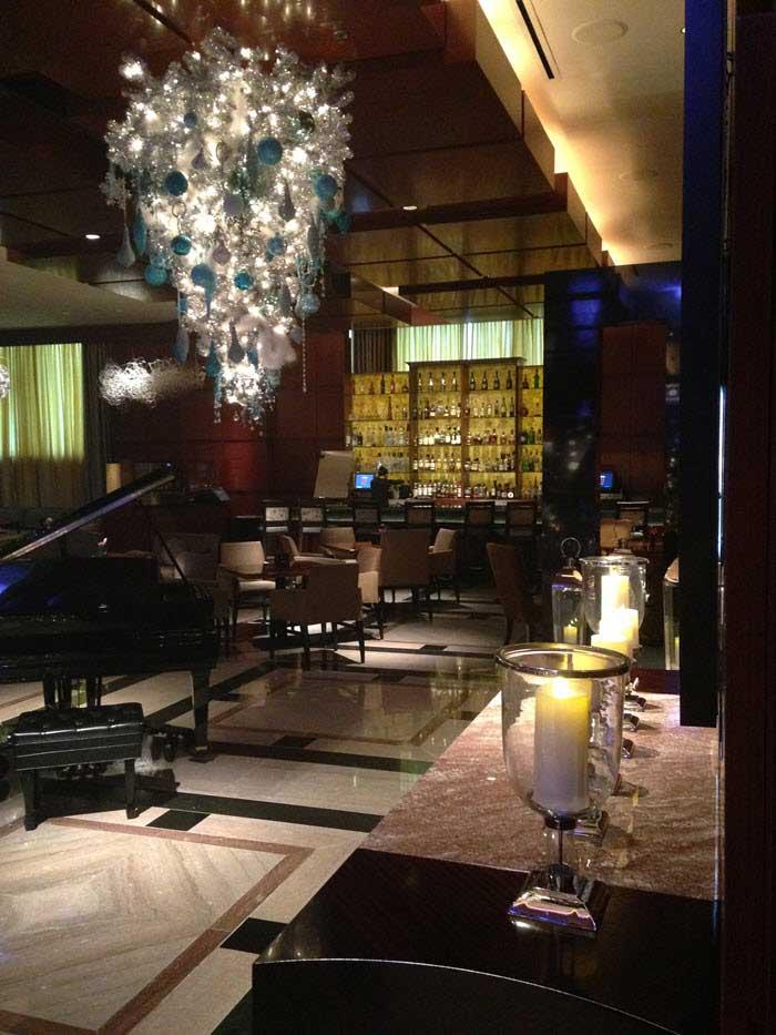 Ritz-Charlotte-Lobby-Bar