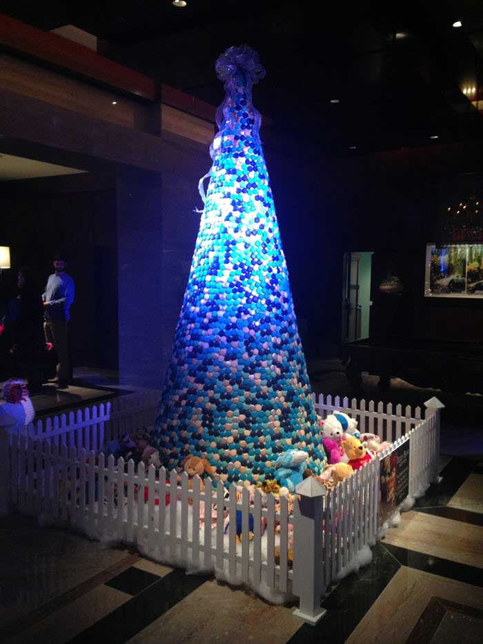 Ritz-Lobby-Tree