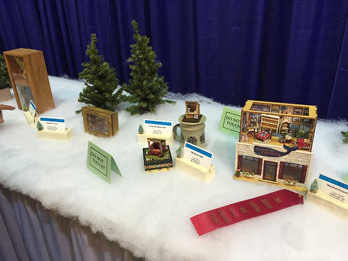 Southern-christmas-show-enchanted-village-3