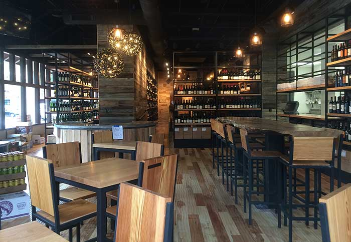 foxcroft-wine-bar-dilworth-charlotte-dining-area