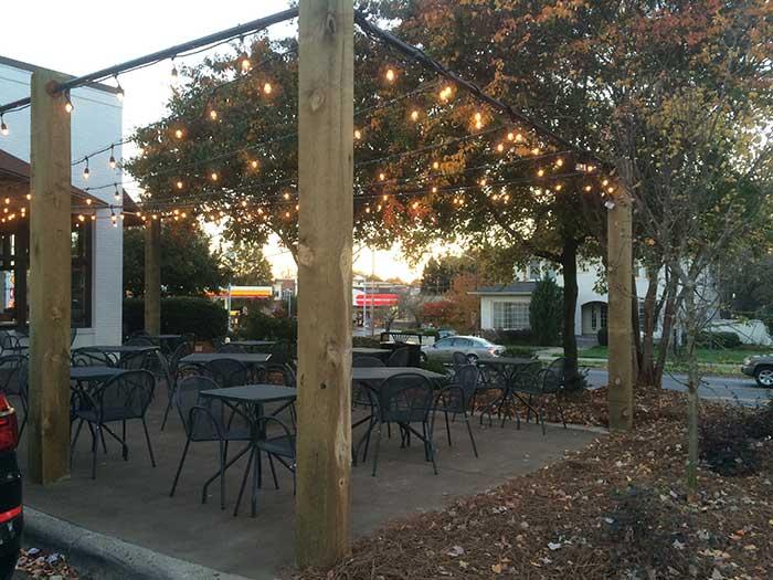 foxcroft-wine-co-patio-dilworth-charlotte