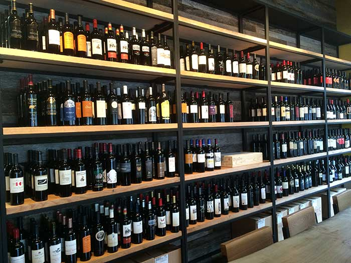 wine-selection-at-foxcroft-wine-co-charlotte
