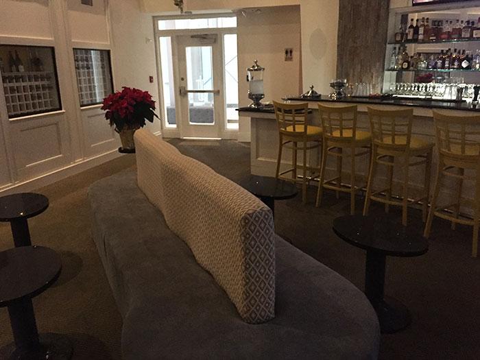 bar-seating-bella-frisco-cafe