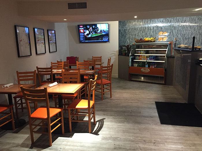 bella-frisco-cafe-seating