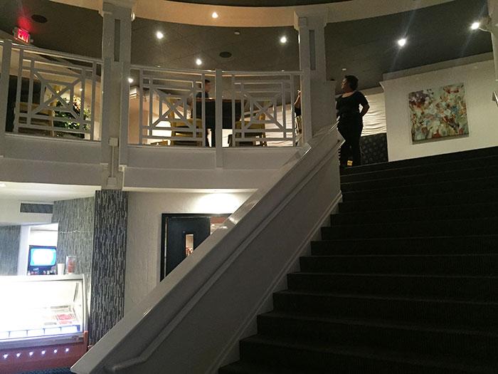 bella-frisco-upstairs