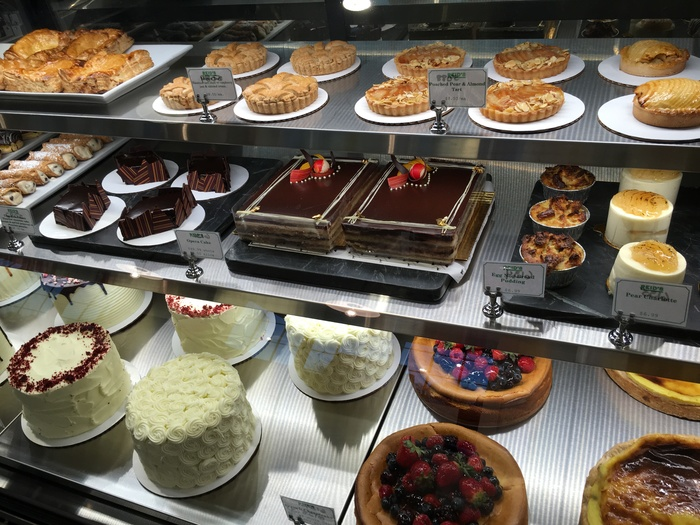 desserts and pastries at reid's