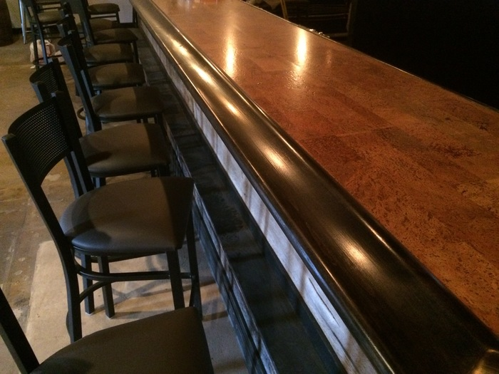 wood bar charlotte bulldog