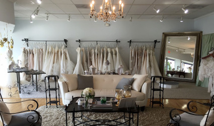11 places to say yes to the dress + 6 tips...