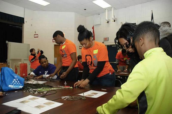 Volunteers-at-Marie-G-Davis-MLK-Day-2015