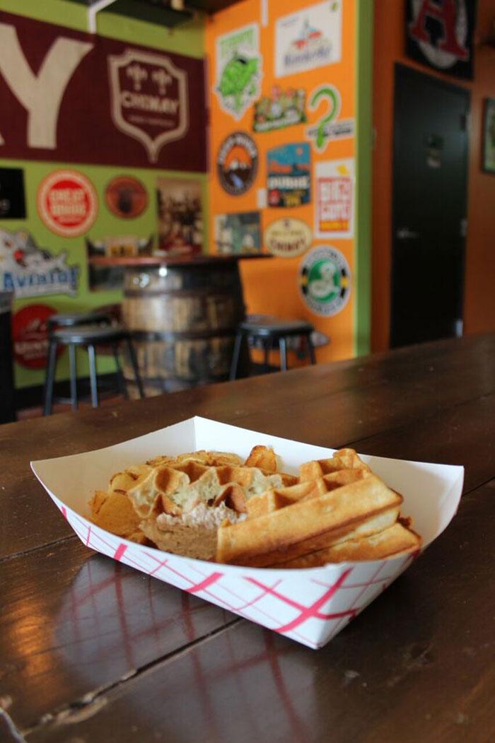 fud-at-salud-waffle-wich