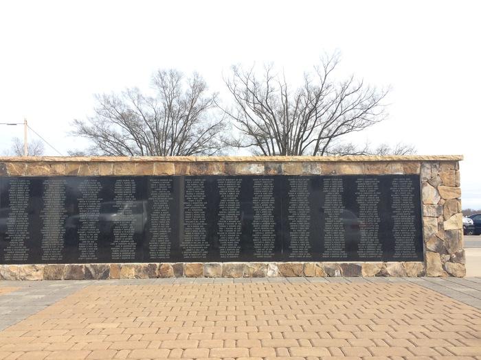 veteran's monument cornelius