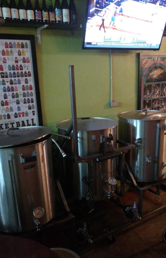 salud-brewing-equipment