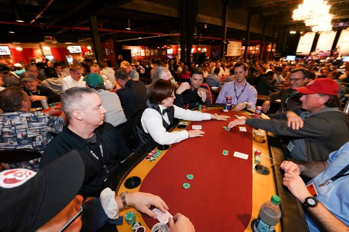 poker dealers all in tournament