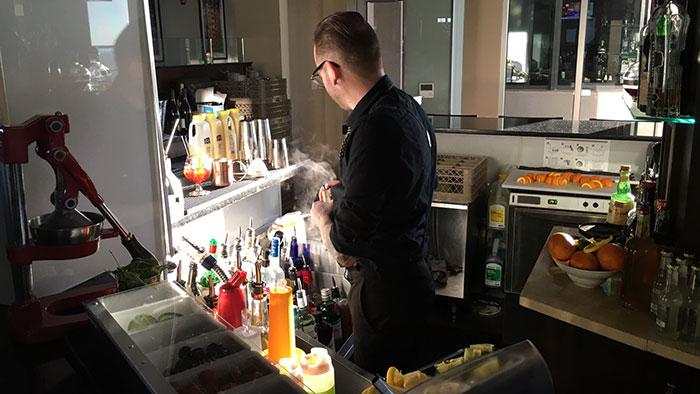 fahrenheit-bartender