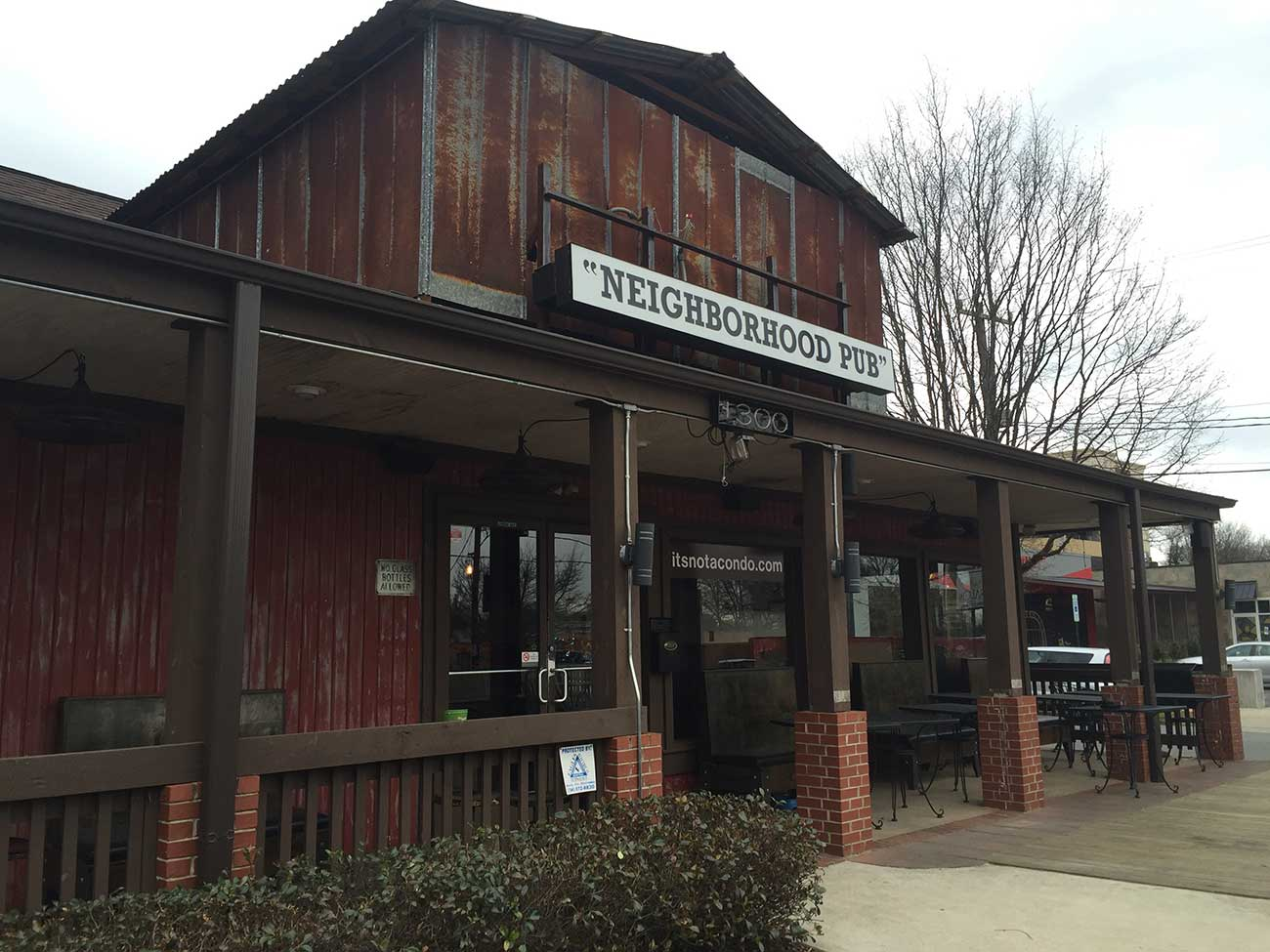 Joe Hooper's in Plaza Midwood will reopen under new ownership as Moo & Brew