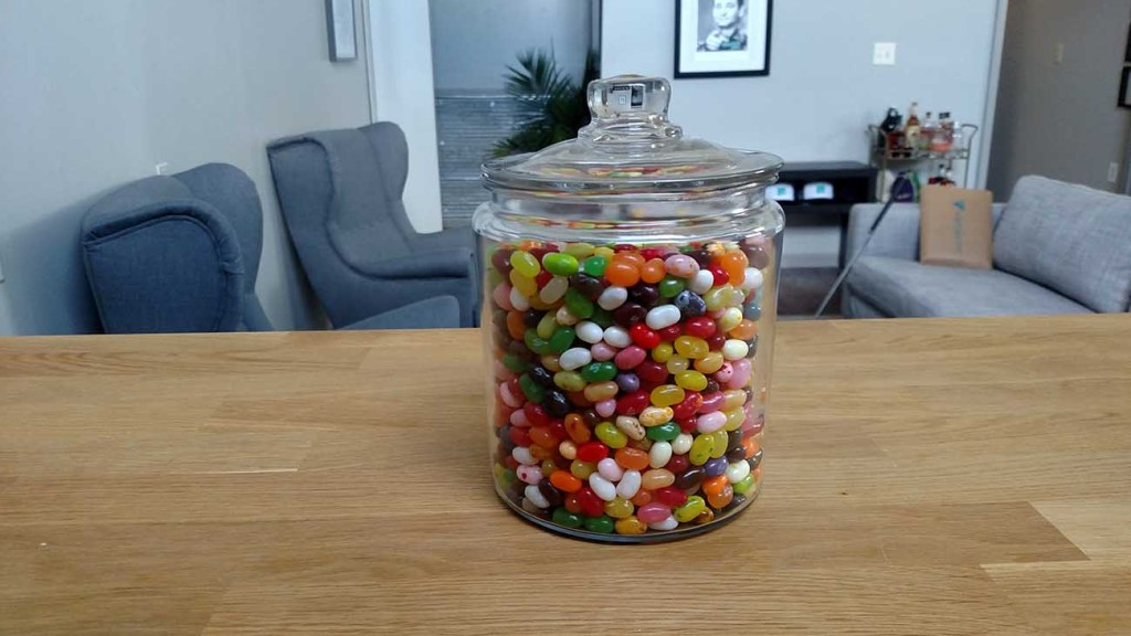 Guess how many jelly beans are in this jar and win $100 to Draught (ended)