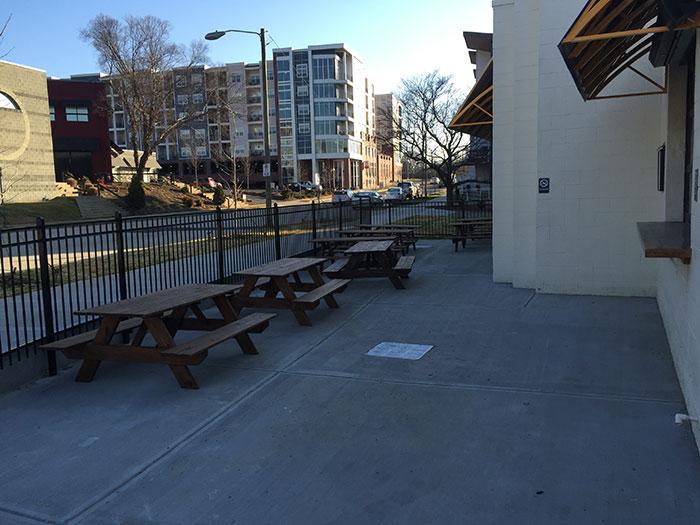 seoul-food-patio-picnic-tables