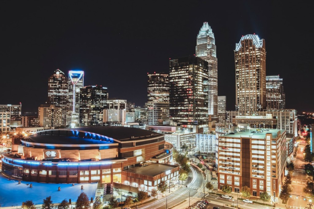 6 guerrilla street photographers who push the boundaries to capture Charlotte at her best